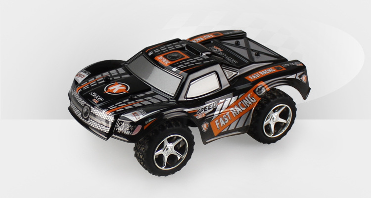 Wltoys L999 RC Car,1:24 Mini RC Racing Car